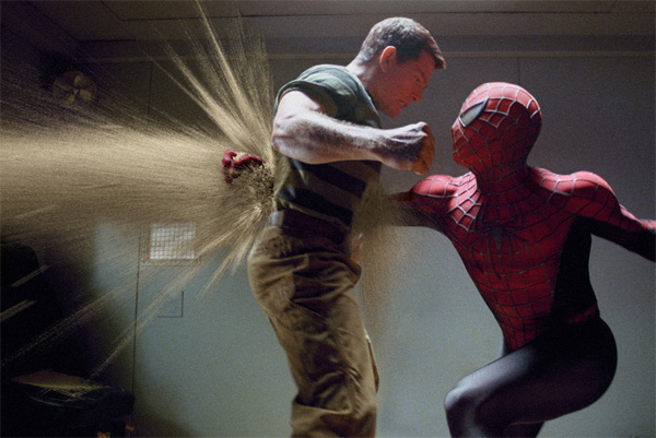 spiderman_3_movie_image_thomas_haden_church_as_sandman_fighting_spiderman1