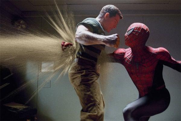 spiderman_3_movie_image_thomas_haden_church_as_sandman_fighting_spiderman1