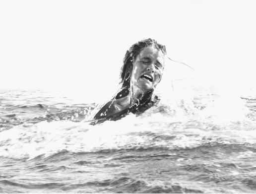 """A Look Back At Spielberg's Masterpiece """"Jaws"""""""