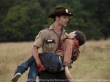 The Walking Dead episode-2-rick-carl