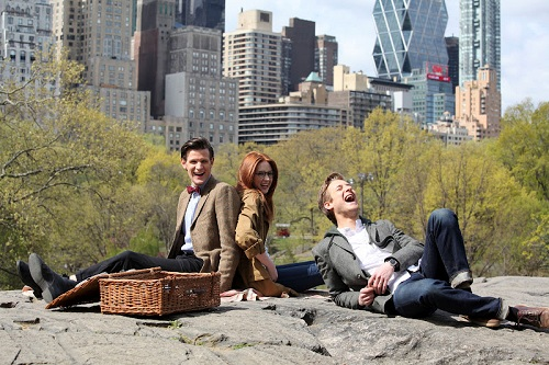 """Doctor Who Ep. 7.05, """"The Angels Take Manhattan"""": Ponds bid adieu in affecting, though muddled, ep"""