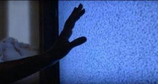 poltergeist-hand-television