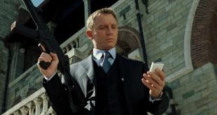Casino-Royale-Three-Piece-Suit