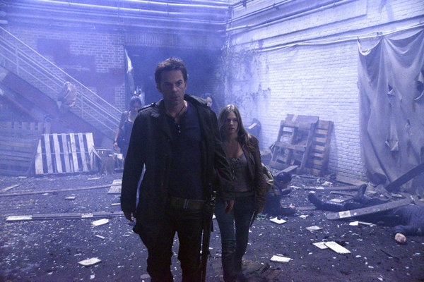 """Revolution, Ep 1.08: """"Ties that Bind"""" gives some much needed backstory to a major character"""