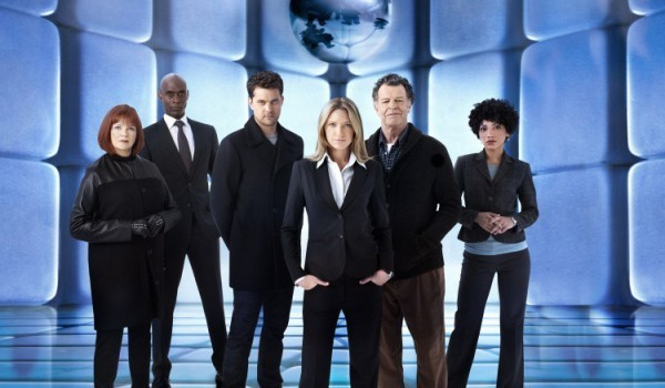 fringe-season-5-production-temporarily-halted-due-to-illness