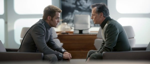 star-trek-into-darkness-chris-pine-bruce-greenwood-600x256