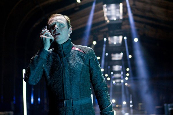 star-trek-into-darkness-simon-pegg1-600x399