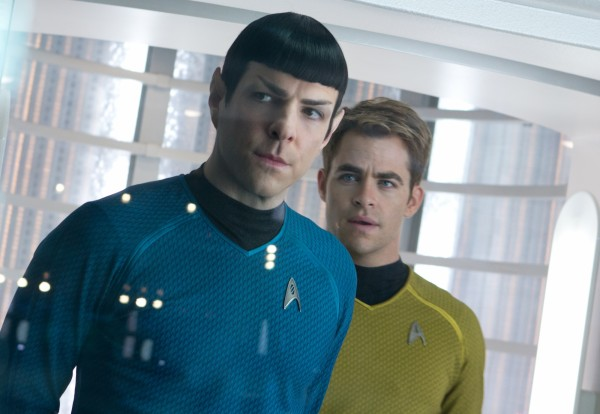 star-trek-into-darkness-zachary-quinto-chris-pine1-600x414