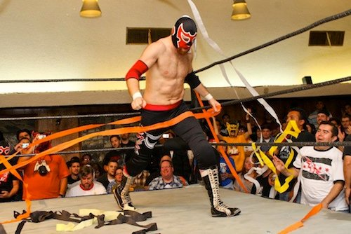 El Generico in PWG with streamers