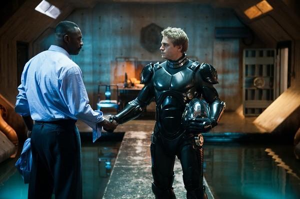 Idris Elba and Charlie Hunnam in PACIFIC RIM