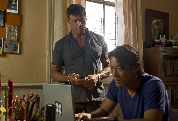 bullet-to-the-head-stallone-sung-kang-600x408