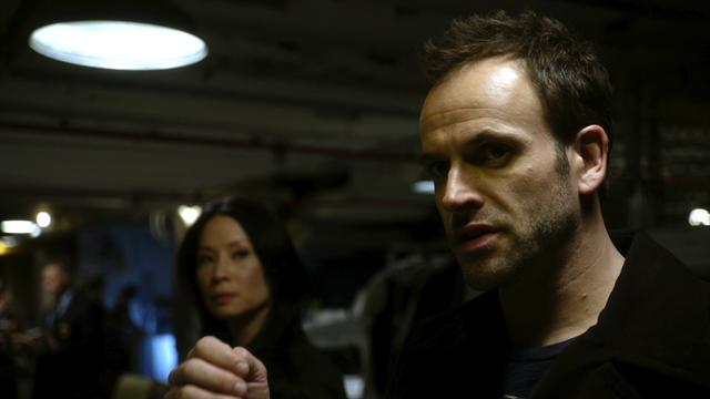 "Elementary Ep.1.11, ""Dirty Laundry"" (directed by John Coles)"