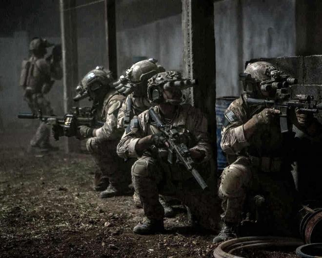 zero-dark-thirty-2012_military-assault