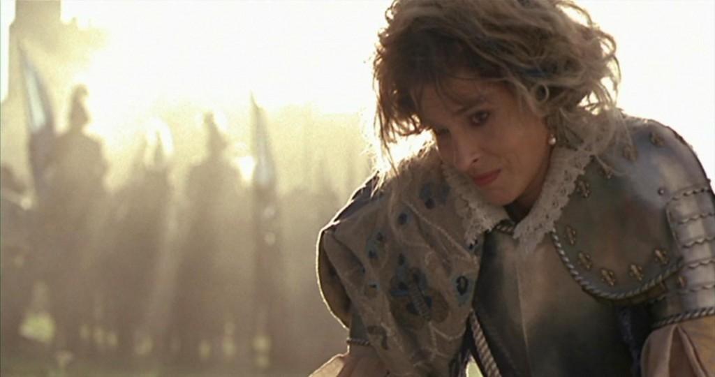 Elizabeth (Fanny Ardant)