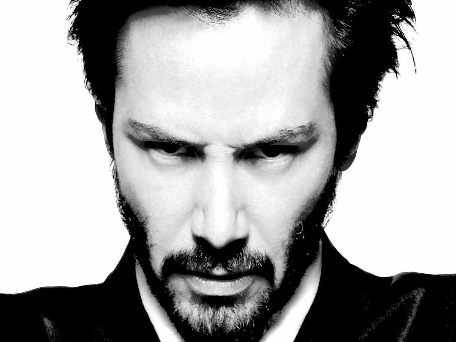 Keanu Reeves Wallpaper @ go4celebrity.com