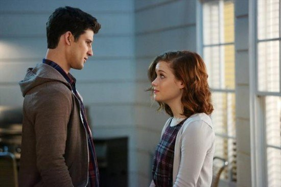 Suburgatory-Season-2-Episode-14-Leaving-Chatswin-2-550x366