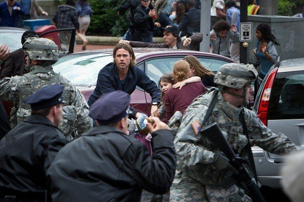 'World War Z', the zombie apocalypse feature starring Brad Pitt, gets a new Super Bowl spot