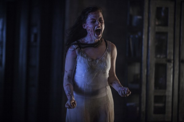 evil-dead-jane-levy-scream-600x400