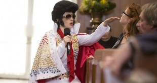 Zooey Deschanel as Elvis in New Girl, Chicago