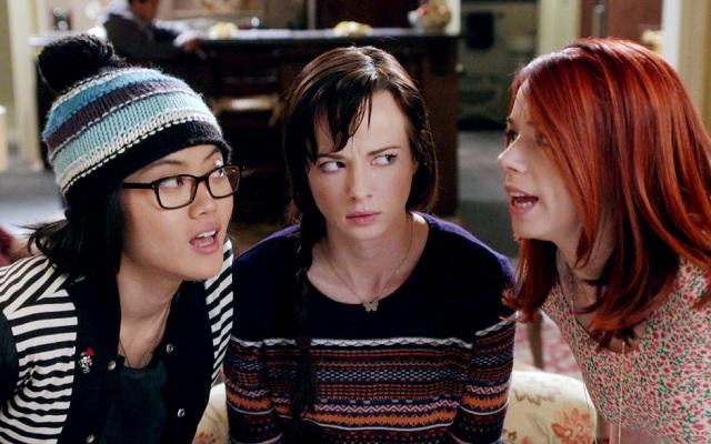 Jessica Lu, Ashley Rickards, Jillian Rose Reed
