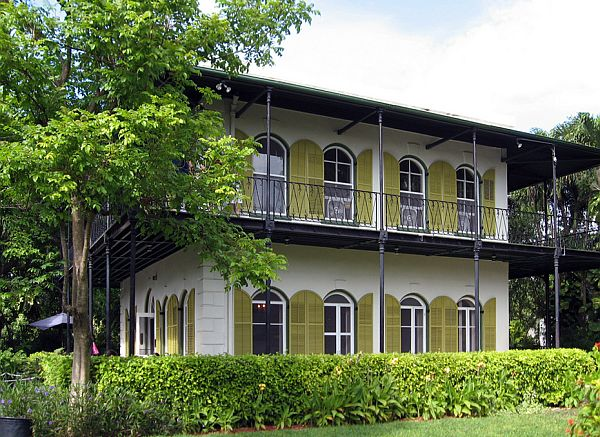 Ernest-Hemingway-Home-in-Key-West-Florida