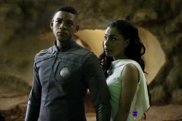 after-earth-will-smith-sophie-okonedo-600x400