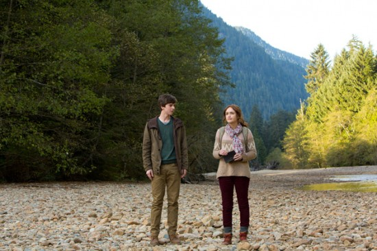 freddie-highmore-bates-motel-whats-wrong-with-norman
