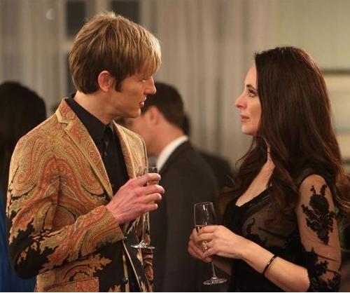 Nolan and Victoria, Revenge promo pic