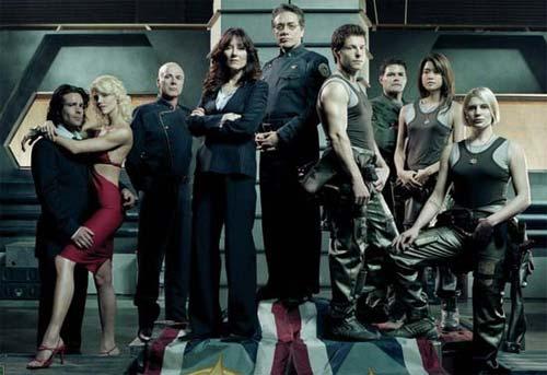 Cast photo, Battlestar Galactica season 1