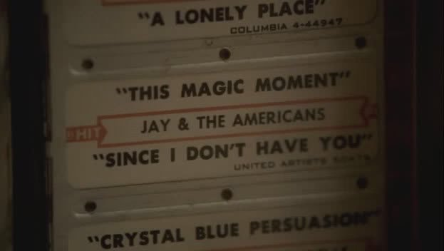 Screencap of jukebox from the Sopranos finale, Made in America