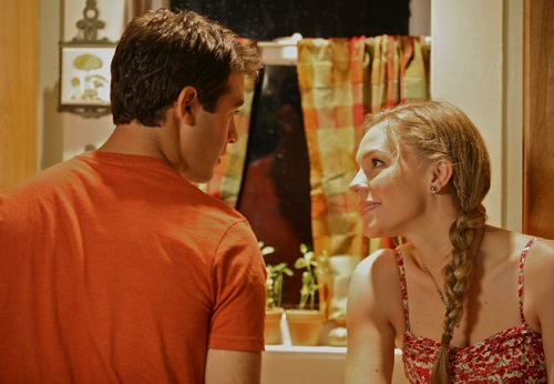 James Wolk and Eloise Mumford in the pilot to Lone Star