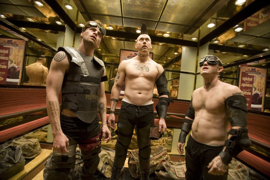 Chris Pine, Kevin Durand & Maury Sterling in Smokin' Aces (2006)