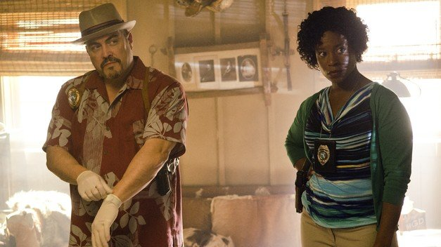 David Zayas & Dana L. Wilson in Dexter Ep 8.03 'What's Eating Dexter Morgan?'