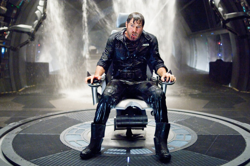 Dennis Quaid in Pandorum (2009)