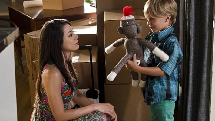 Aimee Garcia & Jadon Wells in Dexter Ep 8.11 'Monkey in a Box'