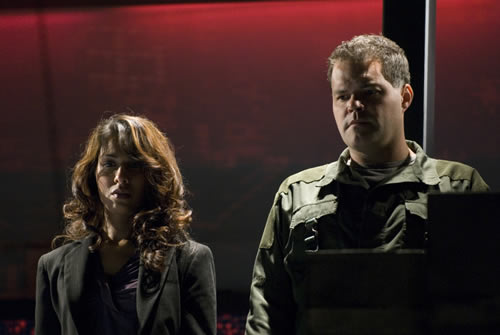 """Tory and Tyrol in the Battlestar Galactica finale, """"Daybreak"""""""