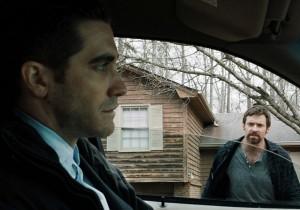 Jake-Gyllenhaal-and-Hugh-Jackman-in-Prisoners-2013-Movie-Image