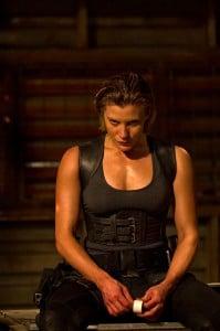 Katee-Sackhoff-in-Riddick