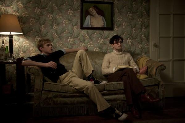 Kill-Your-Darlings-Dane-DeHaan-and-Daniel-Radcliffe-600x400