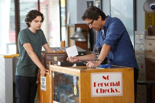 "Ray Romano and Max Burkholdt in Parenthood S05E01, ""It Has to be Now"" promo pic"