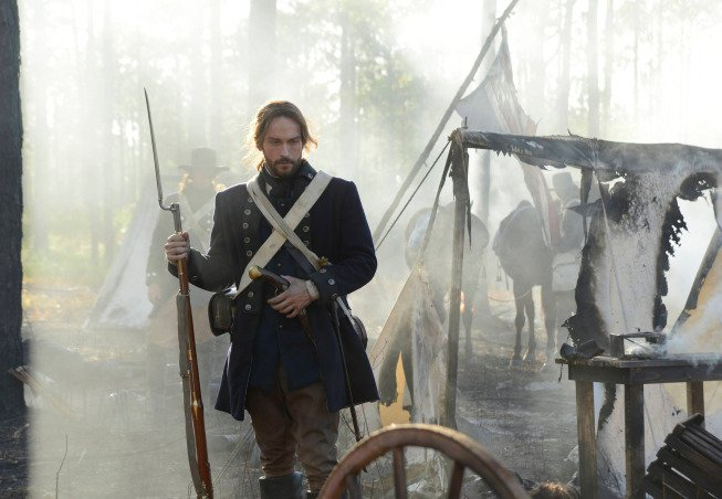 "Sleepy Hollow 1.02 ""Blood Moon"" Leans Heavily on Horror Cliches, But Adds Depth to Its Characters"