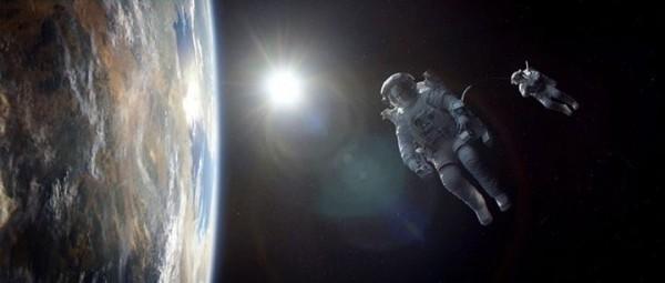 gravity-astronauts1-600x255