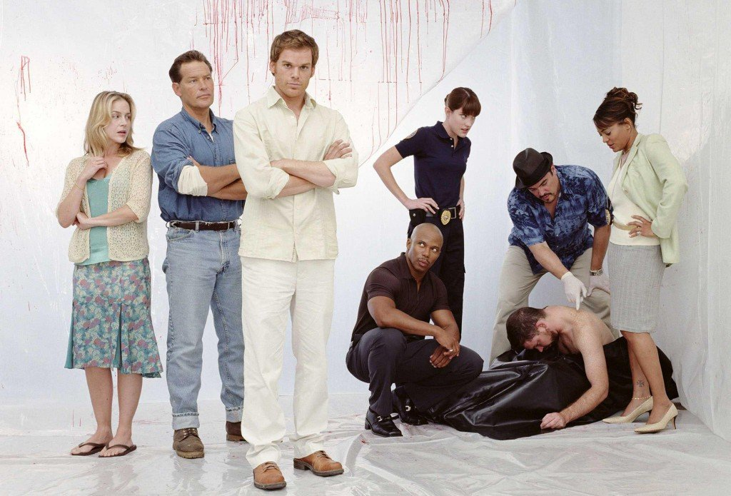 Julie Benz, James Remar, Michael C. Hall, Erik King, Jennifer Carpenter, David Zayas & Lauren Velez in Dexter (2006) promotional image