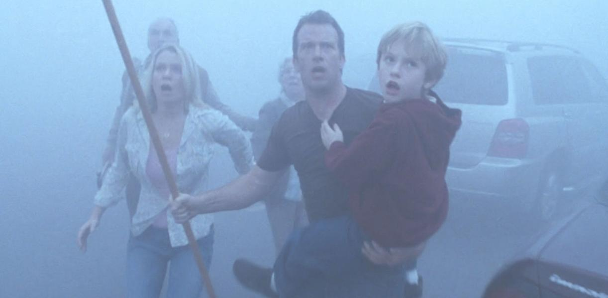 stephen king vs frank darabont the mist adaptation Excited about frank darabont's upcoming adaptation of stephen king's the mist edgar wright is the hot fuzz director says he's seen an unfinished version of the flick, and it's something to look forward to.
