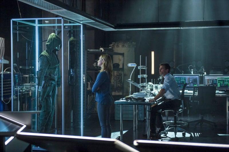 Arrow S02E05 promo pic 1