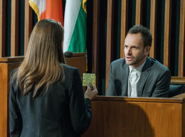 """Elementary, Ep. 2.10: """"Tremors"""" – Welcome to the Greys"""