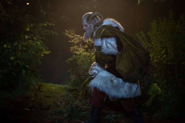 "Grimm, Ep. 3.07-08, ""Cold Blooded"" and ""Twelve Days of Krampus"" a mixed midseason sendoff"