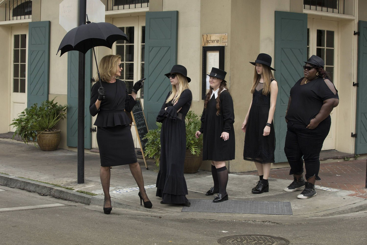 american-horror-story-coven-cast-main