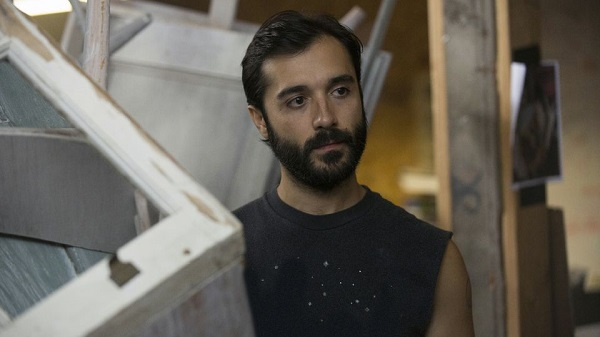 Looking promo image S01E03