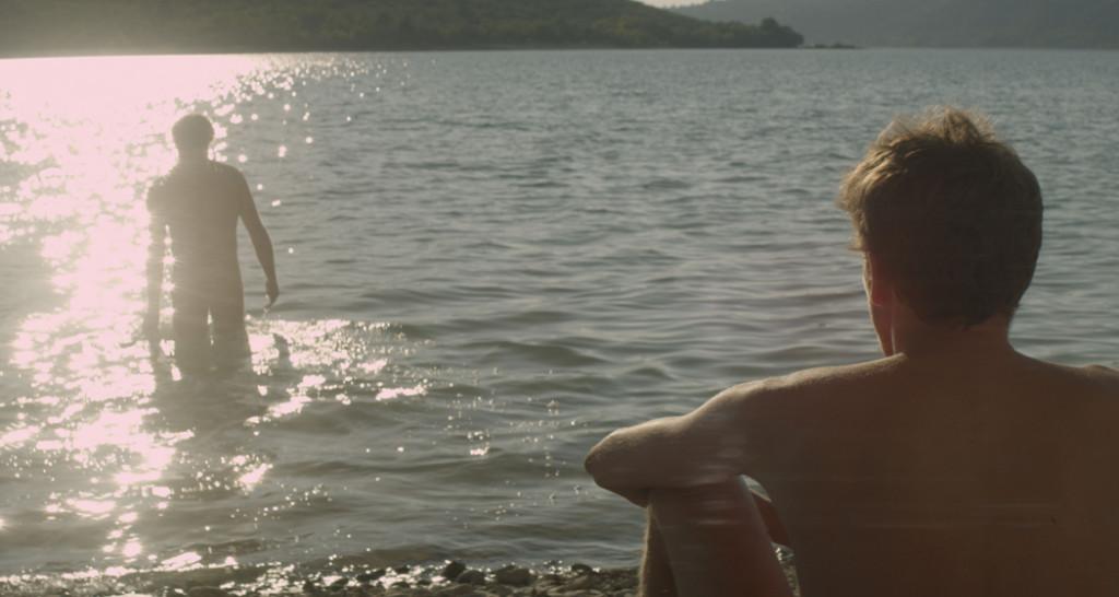 stranger-by-the-lake-1024x546